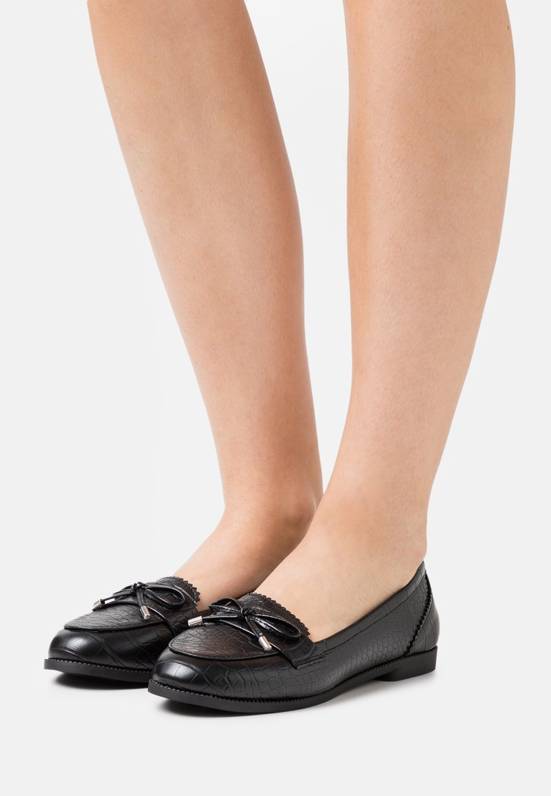 New Look Wide Fit - WIDE FIT JOEY CROC BOW LOAFER - Mocassins - black