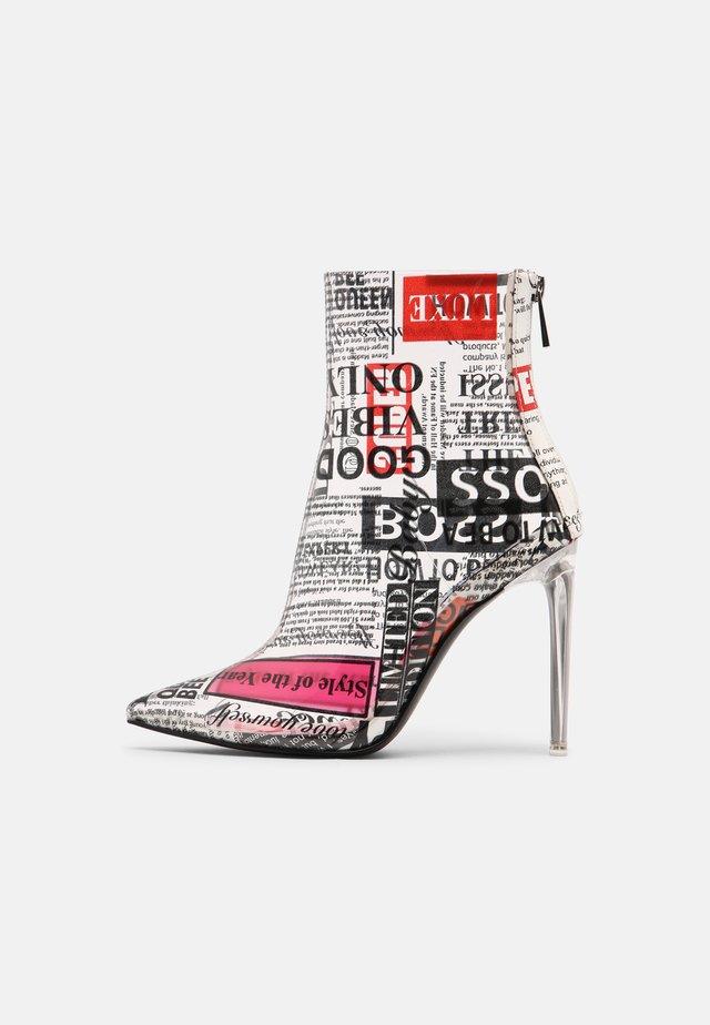 VEIL - Kotníková obuv na vysokém podpatku - newspaper