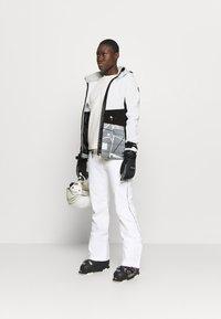 Icepeak - ELY - Ski jacket - optic white - 1