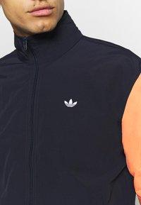 adidas Originals - SHADOW - Kurtka wiosenna - dark blue - 5