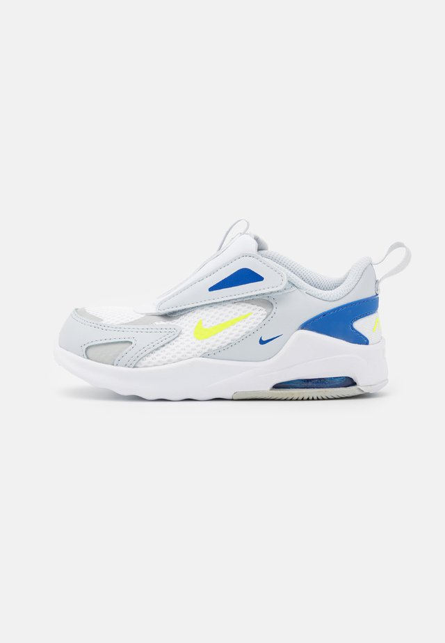AIR MAX BOLT UNISEX - Sneaker low - pure platinum/volt/grey fog/game royal