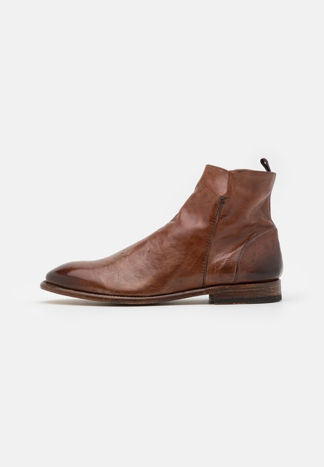 Classic ankle boots - todi washed cognac