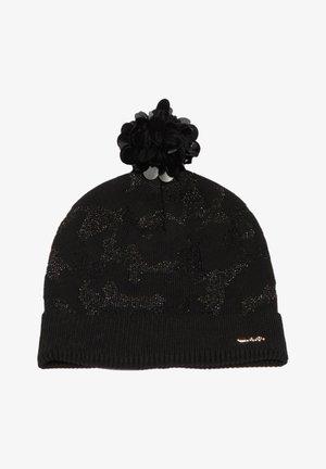 Muts - black