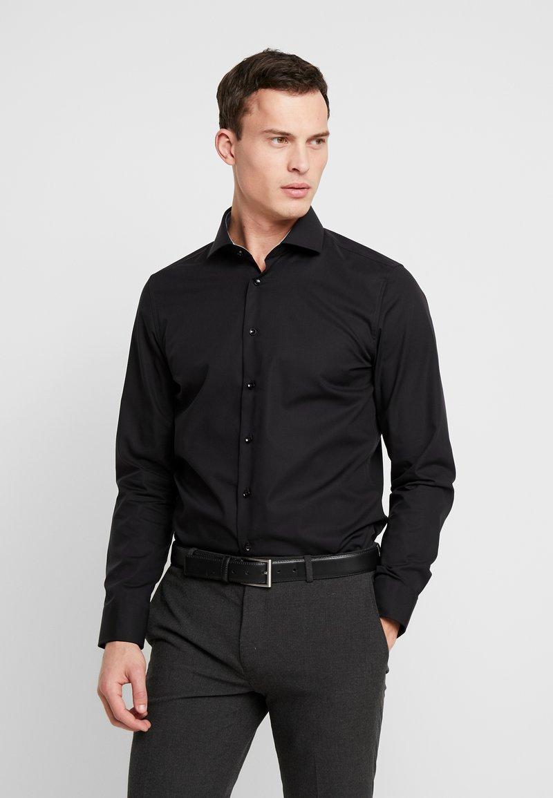 Seidensticker - SLIM FIT - Formal shirt - black