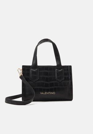JUNIPER - Handbag - nero/rosso