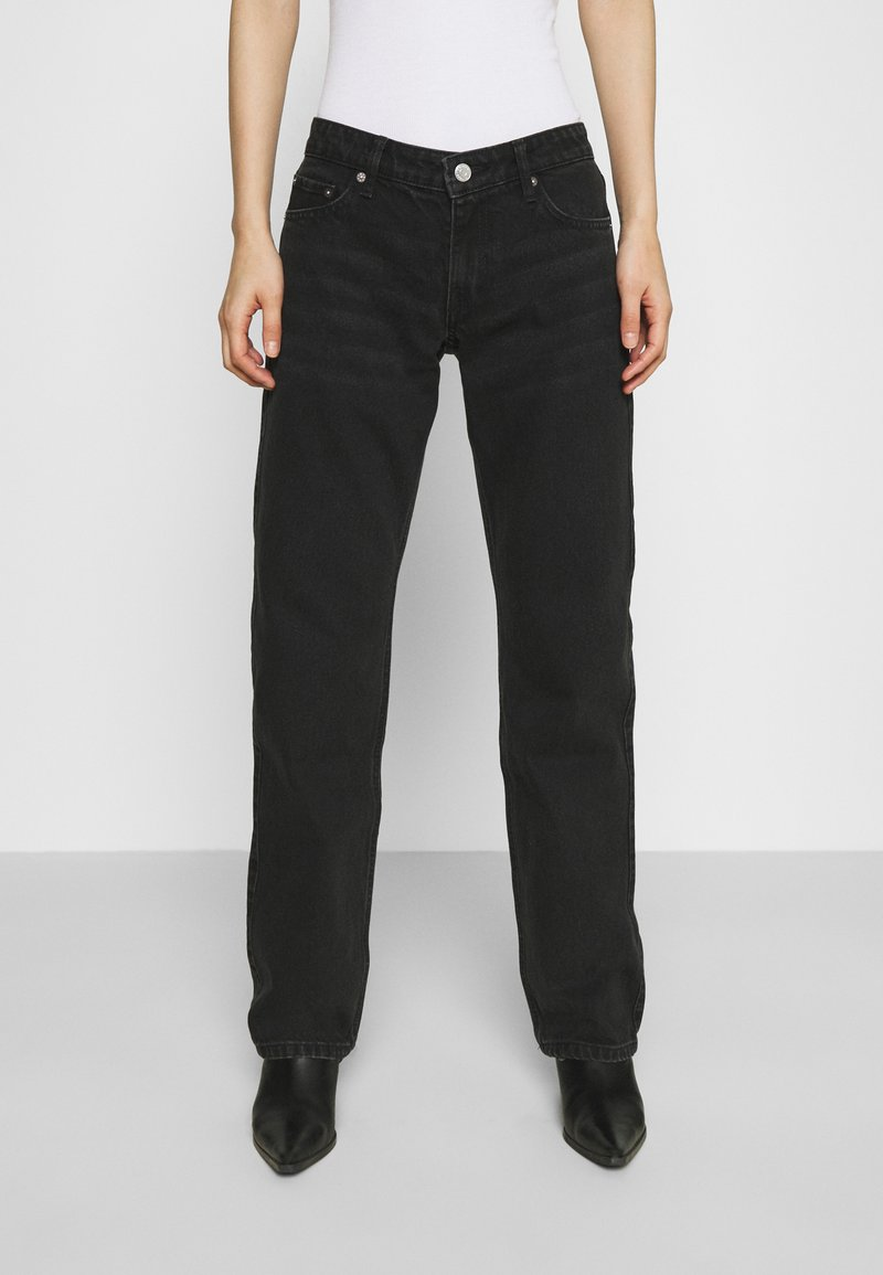 Weekday - ARROW LOW - Straight leg jeans - washed black