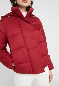 HUGO - FENJAS - Winter jacket - open red - 5