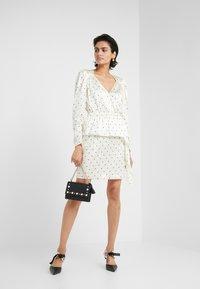 DESIGNERS REMIX - FALLON DRESS - Shift dress - white/black - 1