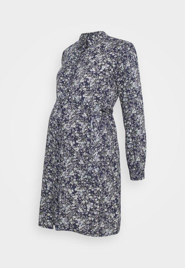 PCMPAOLA DRESS - Paitamekko - blue