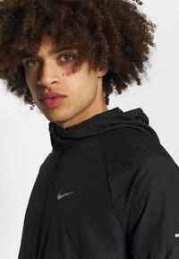 Nike Performance - MILER  - Löparjacka - black - 3