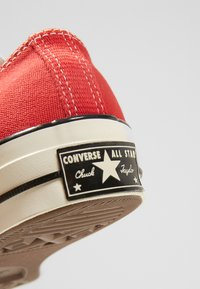 Converse - CHUCK TAYLOR ALL STAR 70 ALWAYS ON - Trainers - enamel red/egret/black