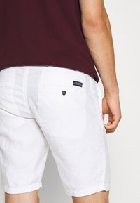 Teddy Smith - SPIKE  - Shorts - blanc - 4