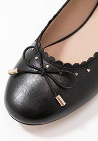 Anna Field - LEATHER BALLERINA - Ballet pumps - black - 2