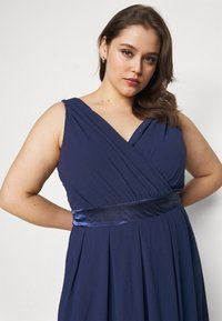 TFNC Curve - KILLY - Gallakjole - navy - 4