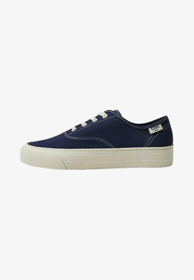 FABRIC - Sneakers laag - azul
