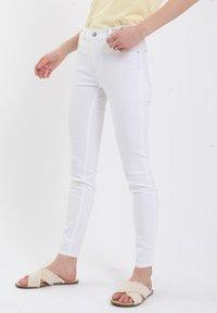Pimkie - Jeans Skinny Fit - naturweiß - 0