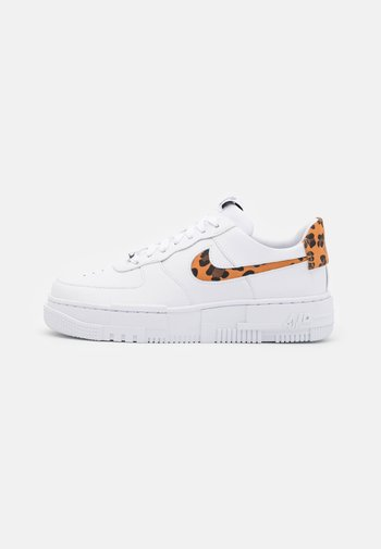 AIR FORCE 1 PIXEL