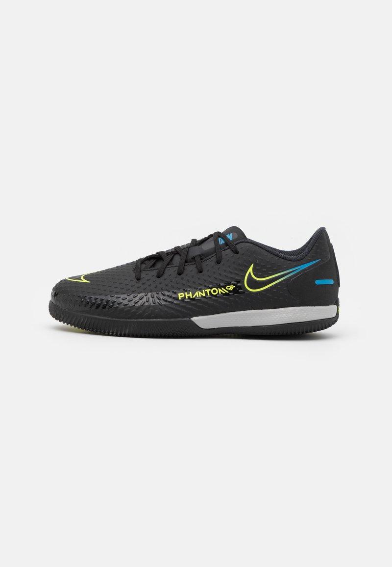 Nike Performance - JR PHANTOM GT ACADEMY IC UNISEX - Halové fotbalové kopačky - black/cyber/light photo blue