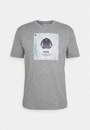 GRAPHIC SHOP CREWNECK - Print T-shirt - mottled grey