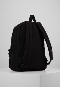 Vans - OLD SKOOL  - Plecak - black/calypso coral - 3