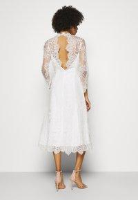 IVY & OAK BRIDAL - AILANTO - Cocktail dress / Party dress - snow white - 2