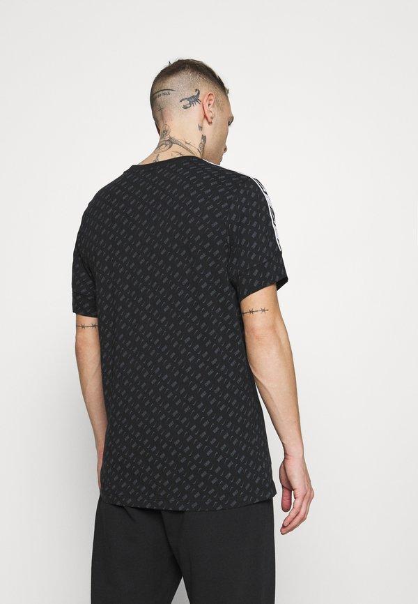 Nike Sportswear REPEAT TEE - T-shirt z nadrukiem - black/white/czarny Odzież Męska SUJU