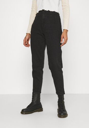 HOLLYWOOD WB HW TAPER - Relaxed fit jeans - flash black washed
