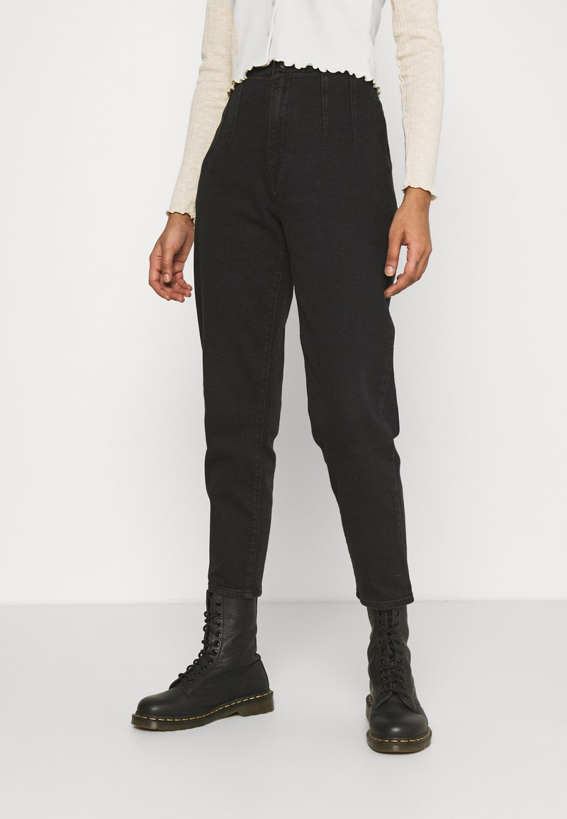 Levi's® - HOLLYWOOD WB HW TAPER - Jeans Relaxed Fit - flash black washed