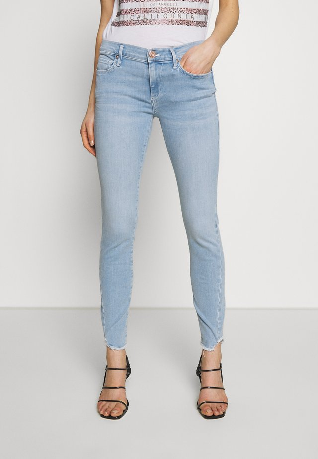 HALLE TRIANGLE - Jeans Skinny - light blue denim