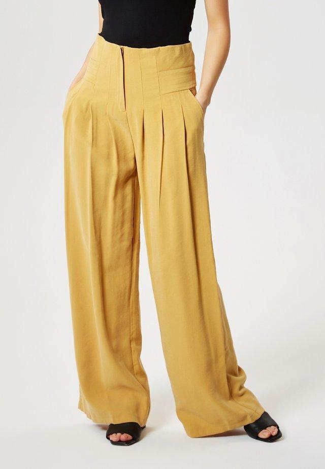 Kalhoty - chameau