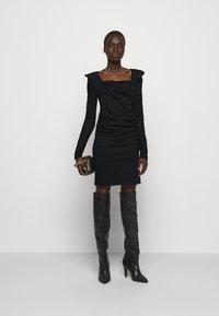 Vivienne Westwood - ELIZABETH DRESS - Robe en jersey - black - 1