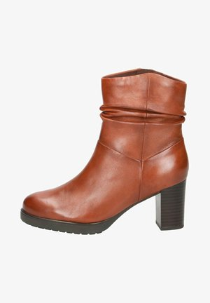 STIEFELETTE - Ankle boots - cognac soft na