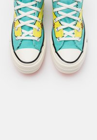 Converse - CHUCK TAYLOR ALL STAR 70 - Høye joggesko - turquoise/yellow - 4