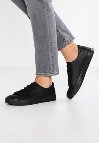 New Look - MIGUEL - Sneakers laag - black - 0