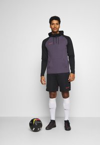 Nike Performance - DRY ACADEMY HOODIE  - Jersey con capucha - dark raisin/black/siren red - 1