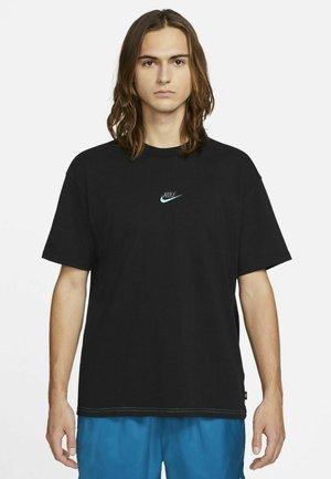 T-shirts print - black/dark grey/chlorine blue