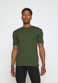 Newport Bay Sailing Club - 5 PACK - T-shirts basic - black/white/grey marl/khaki/navy - 4