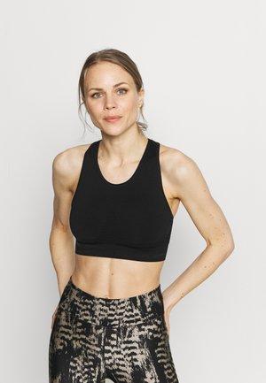 STAMINA WORKOUT BRA - Light support sports bra - black