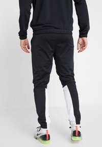 Nike Sportswear - SUIT - Tracksuit - black/dark grey/white - 4