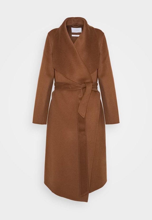 BATHROBE COAT - Classic coat - brown