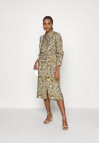 Object - OBJAZZA DRESS - Košilové šaty - khaki - 1