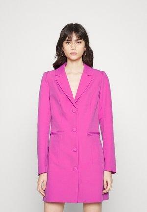 VIGULA DRESS - Košilové šaty - rosebud