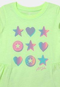 Converse - RUFFLE SET - Print T-shirt - lunar rock heather - 3