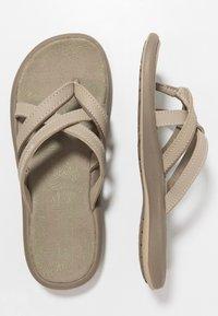 Columbia - KAMBI II - Chodecké sandály - silver sage/fawn - 1
