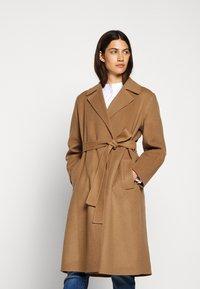 CLOSED - BALE - Zimní kabát - clay - 0