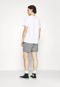 Obey Clothing - CRIMP TREK  - Shortsit - black - 2