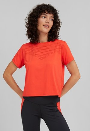 TEES TRAVEL LASER SS  - T-shirt basique - cherry tomato