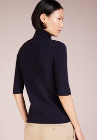 Filippa K - ELBOW SLEEVE - T-shirts - navy - 2