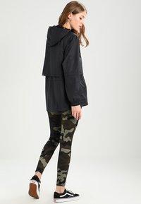Nike Sportswear - Korte jassen - black - 2