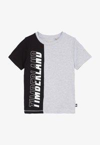 Timberland - Print T-shirt - grey/black - 3